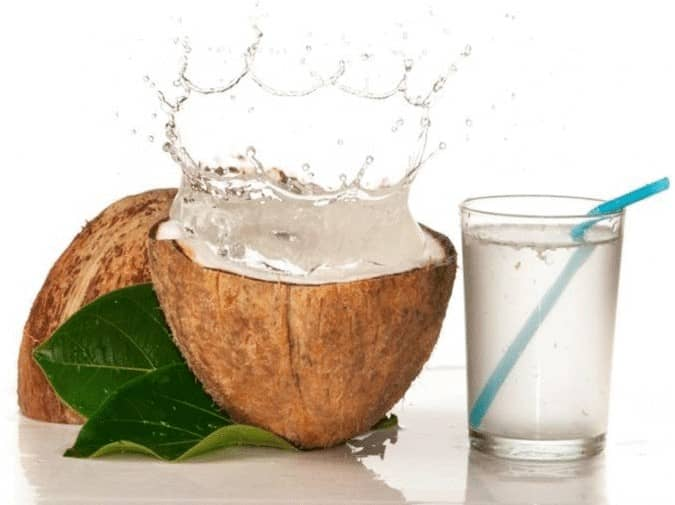 coconut-water-for-thick-and-long-hair-1