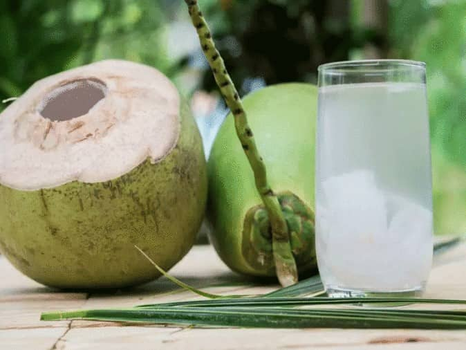coconut-water-for-thick-and-long-hair